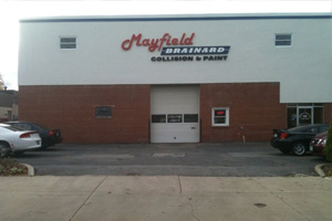 We Offer Auto Body Repair Service in Lyndhurst, OH